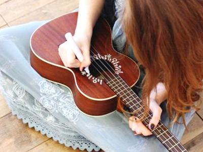 「E大調」烏克麗麗「7個」常用和弦